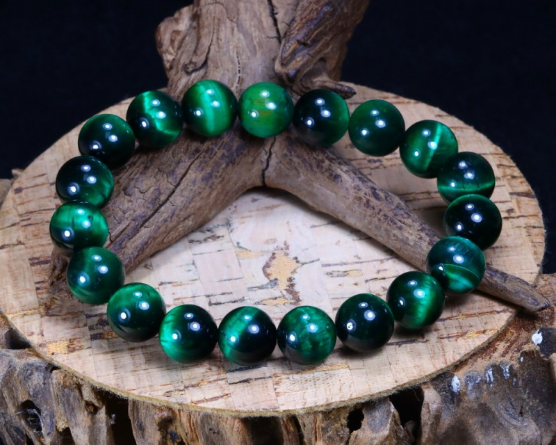 145.45Ct Green Color Tiger Eye Beads Bracelet B3913