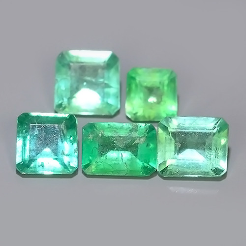 1.15 CTS~FINE QUALITY _ LUSTROUS - NATURAL GREEN EMERALD_NR!!