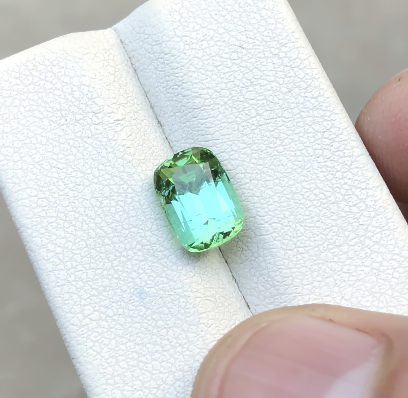 2.50 Ct Natural Greenish Blue Transparent Tourmaline Gemstone