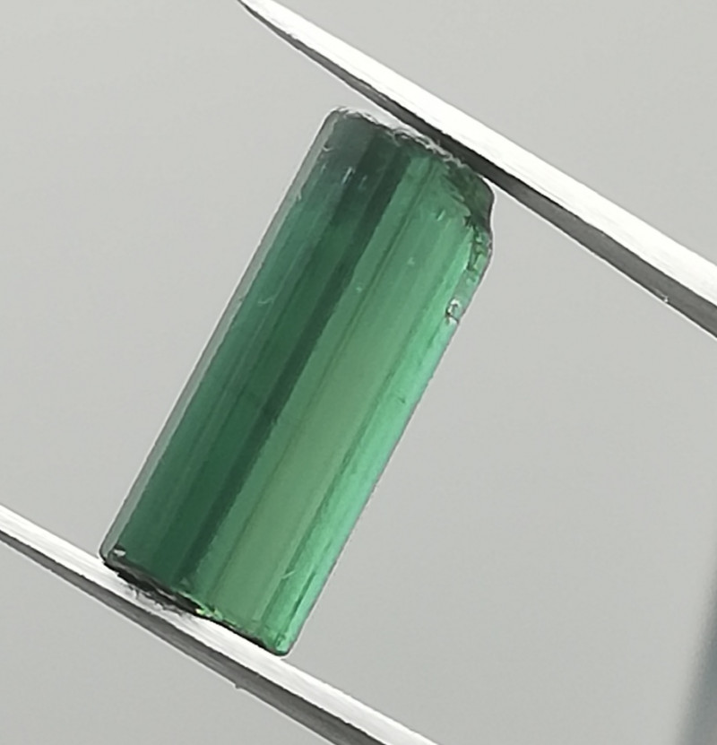 Tourmaline, 2.87ct, rough of great quality, awesome colour!!!