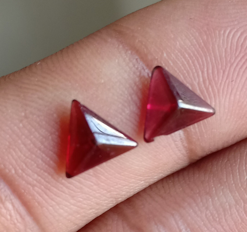 Natural Garnet Cabochon Caliberated Pair Genuine Gemstones VA2035