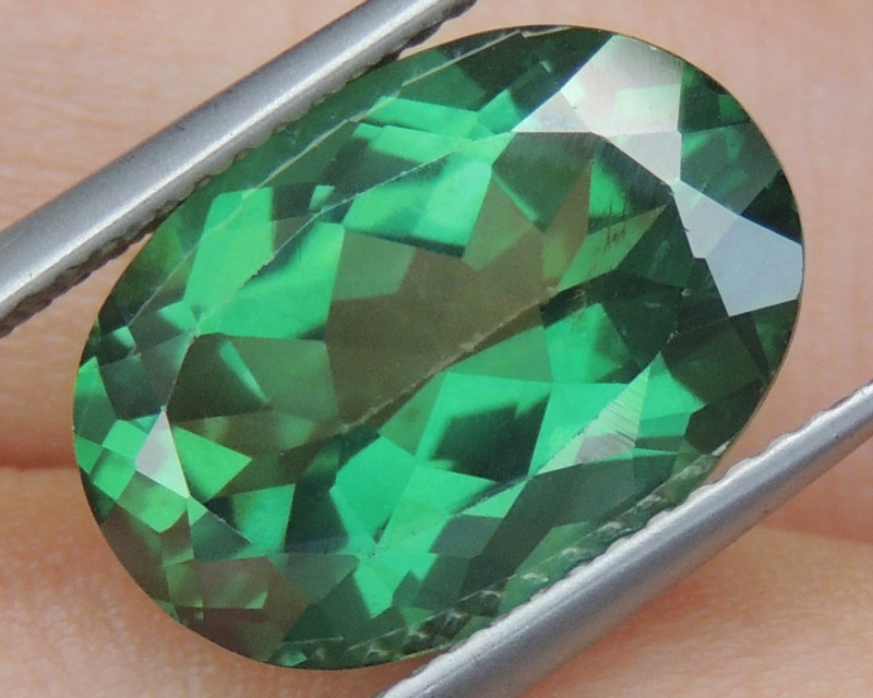 7.36cts, Green Topaz,  Calibrated