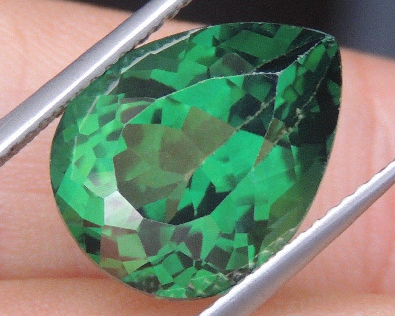 9.97cts, Green Topaz,  Calibrated