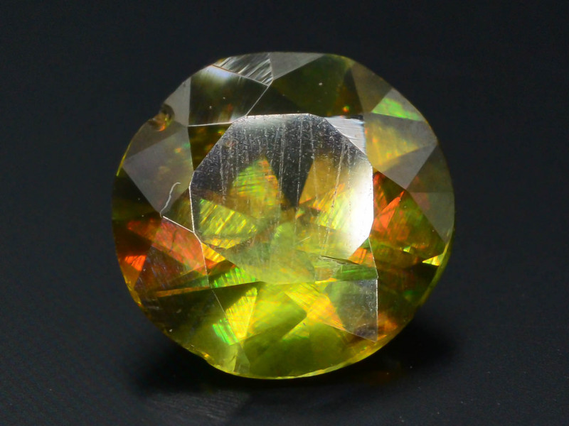 Rarest Unbelievable Fire 0.80 Ct AAA Brilliance Chrome Sphene