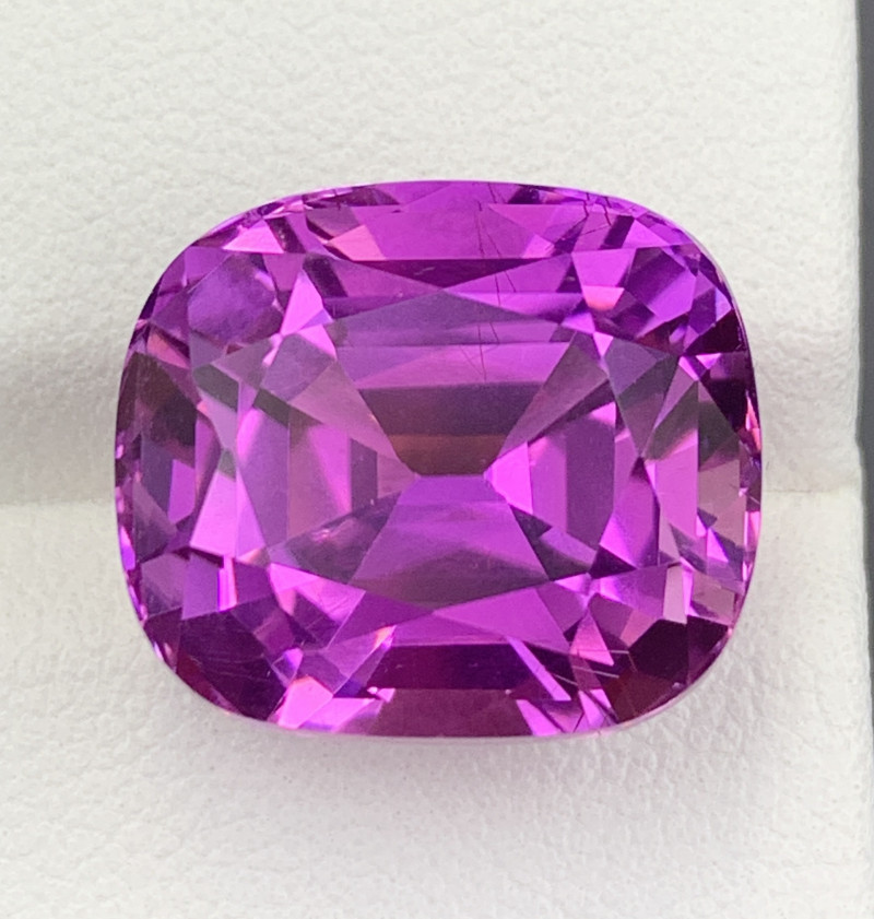 20.30 CT Kunzite Gemstones Top color Top Luster with fine Cutting