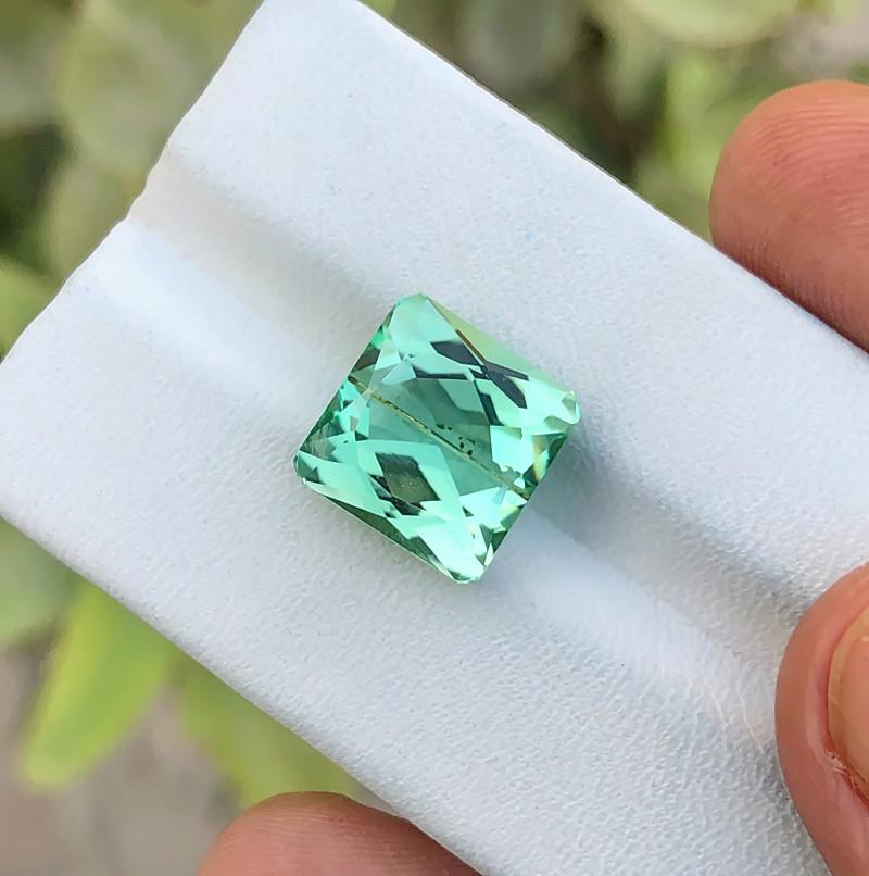 7.60 Ct Natural Green Transparent Kunzite Gemstone