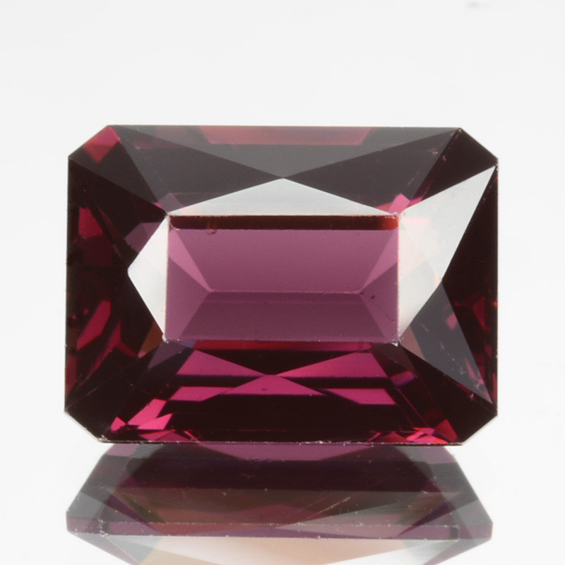 ~BEAUTIFUL~ 2.28 Cts Natural Pinkish Red Spinel Radiant Cut Sri Lanka
