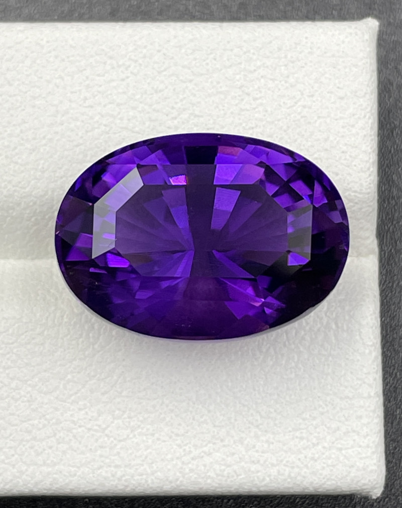 18.26 CT Amethyst Gemstones