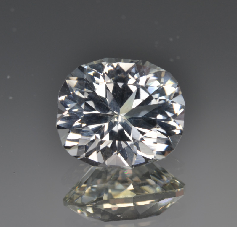 Natural Topaz  7.32 Cts Top Quality with Precision cut.