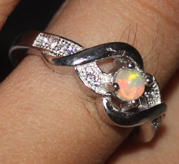 Natural Ethiopian Welo Opal 925 Silver Ring 22