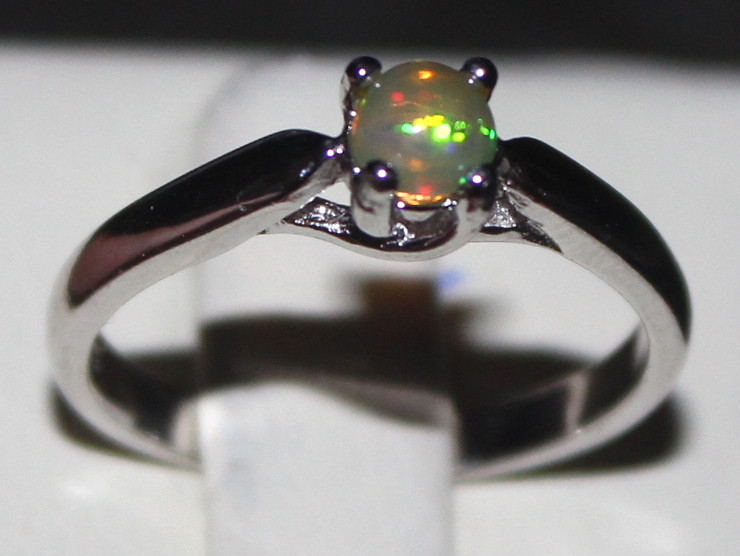 Natural Ethiopian Welo Opal 925 Silver Ring 23