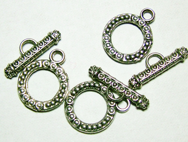NICE DESIGN METAL SET OF 3 CLASPS  30CTS NP-142