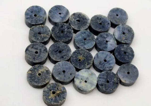 BLUE CORAL DRILLED BEADS 80 CTS TBG-1970