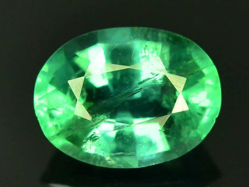 Top Color & Clarity 0.85 ct Emerald~Zambia SJ1