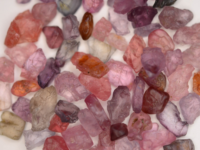 Top Quality 70.45 ct Natural Rough Spinel
