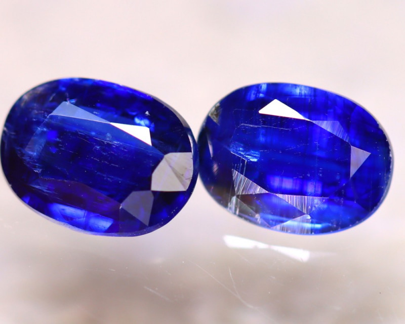 Kyanite 2.80Ct 2Pcs Natural Himalayan Royal Blue Color Kyanite EF2616/A40