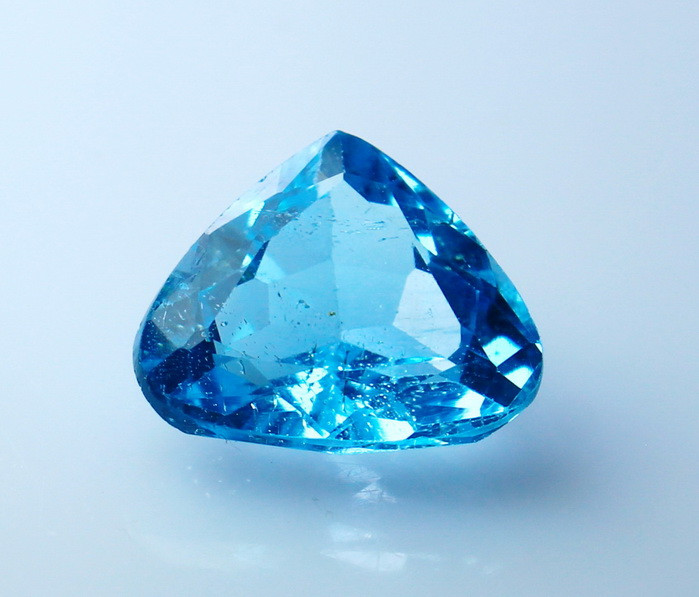 5.50 CTs Natural &Beautiful~ Blue  Topaz Gemstone