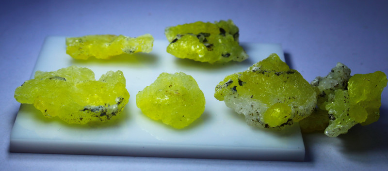273.80 CTs Natural & Unheated~Rare Yellow Brucite Rough Lot