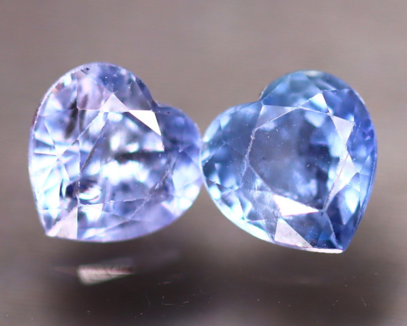 Unheated Sapphire 1.35Ct 2Pcs Natural Heart Shape Blue Sapphire EE2625/B32