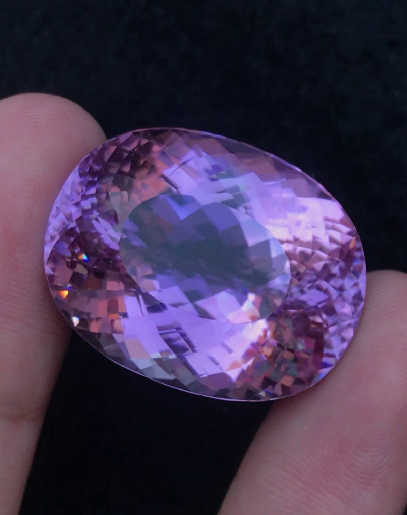 98.40 Ct Top Grade Natural Kunzite