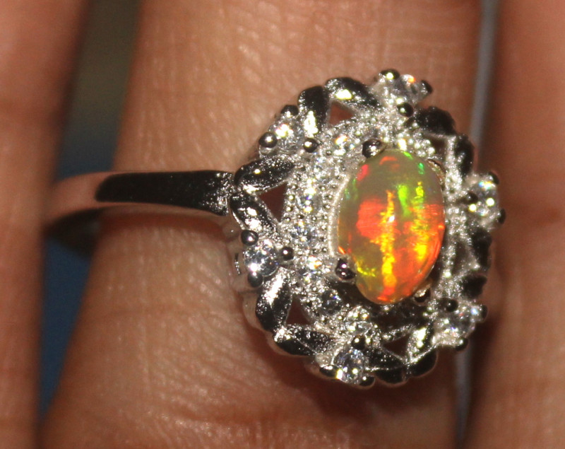 Natural Ethiopian Welo Opal 925 Silver Ring 138