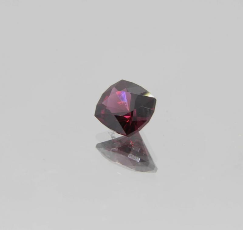 2.01Ct Rhodolite Garnet