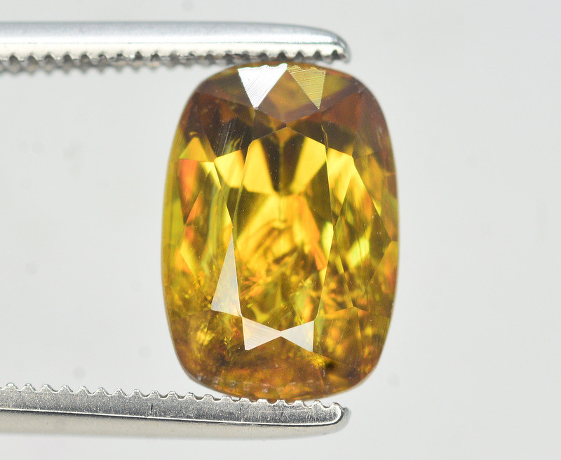 Natural 2.70 carat Sphene With Amazing Spark