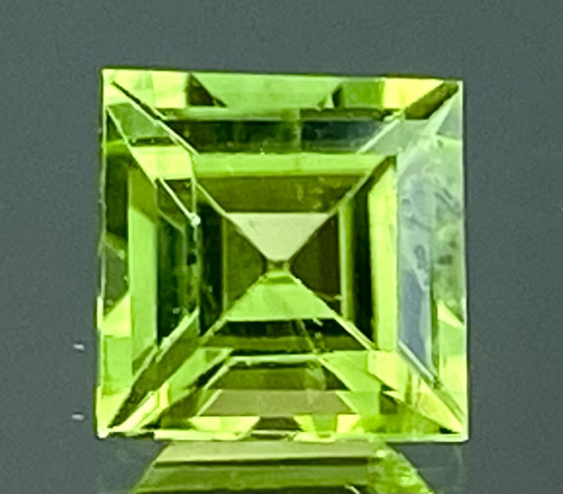 0.81Ct Natural Peridot Top Cutting Color Quality Gemstone.PD 10