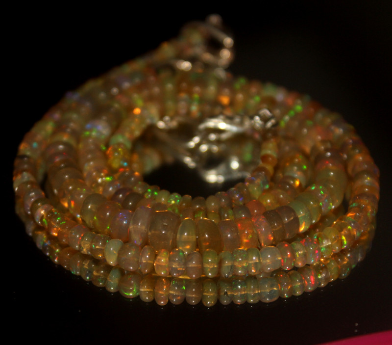 52 Crt Natural Ethiopian Welo Opal Necklace 3041