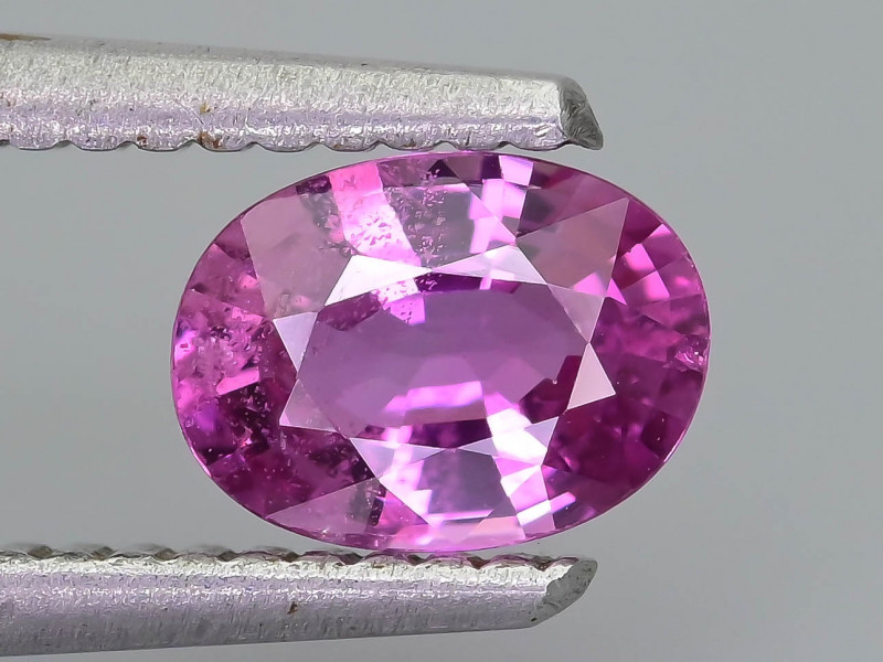 Ceylon Pink Sapphire 0.89 ct Lively Saturated color SKU.30