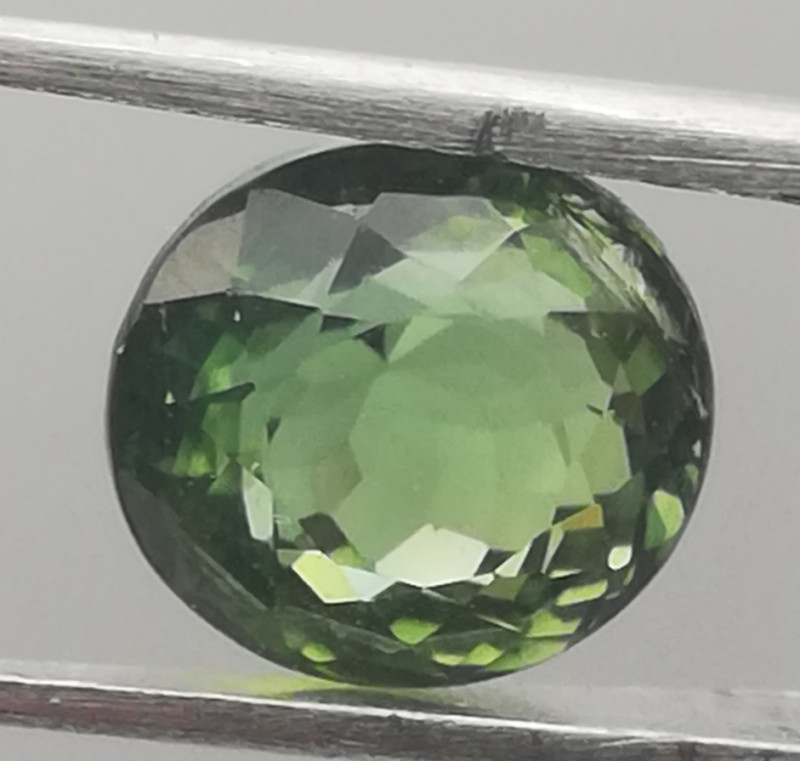 Tourmaline, 2ct, perfect colour, very clean great gem!!!