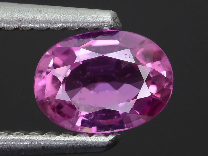 Ceylon Pink Sapphire 0.92 ct Lively Saturated color SKU.30