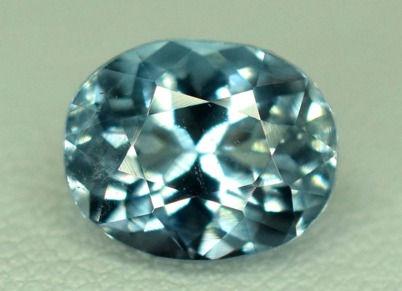 2.40 Carats Eye Clean Natural Blue Aquamarine Loose Gemstone