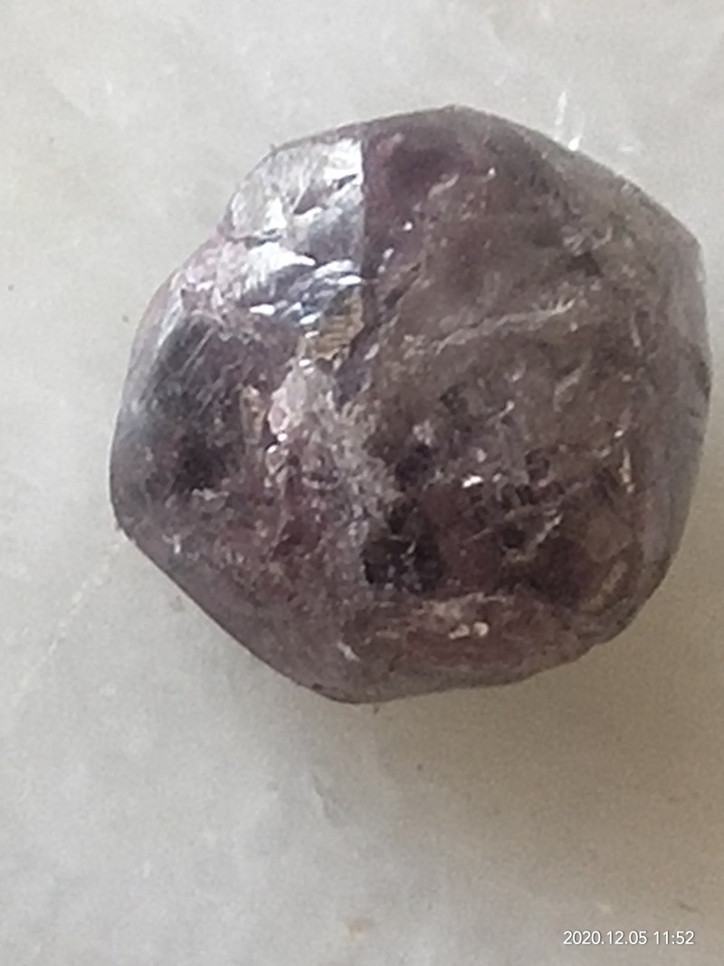 Natural big size purple diamonds rough 3.60ctw -1pcs