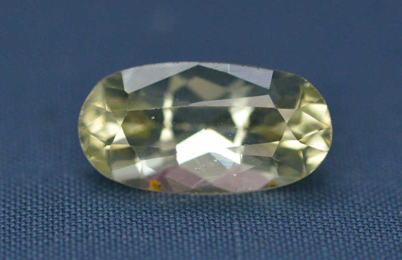 Top Quailty 3.05 Carat Natural Green Beryl Gemstone