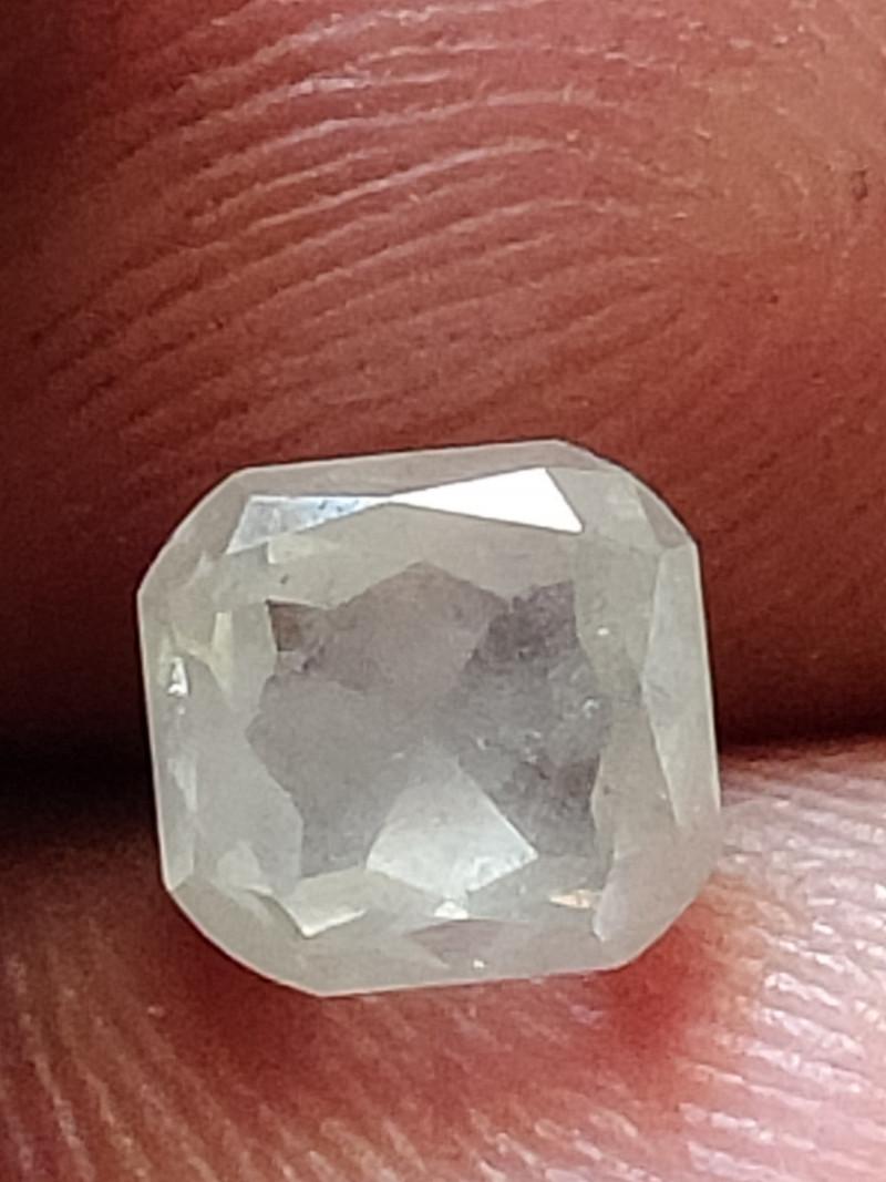 Natural austrslian ice white diamond 1.70 caratsize -1pcs