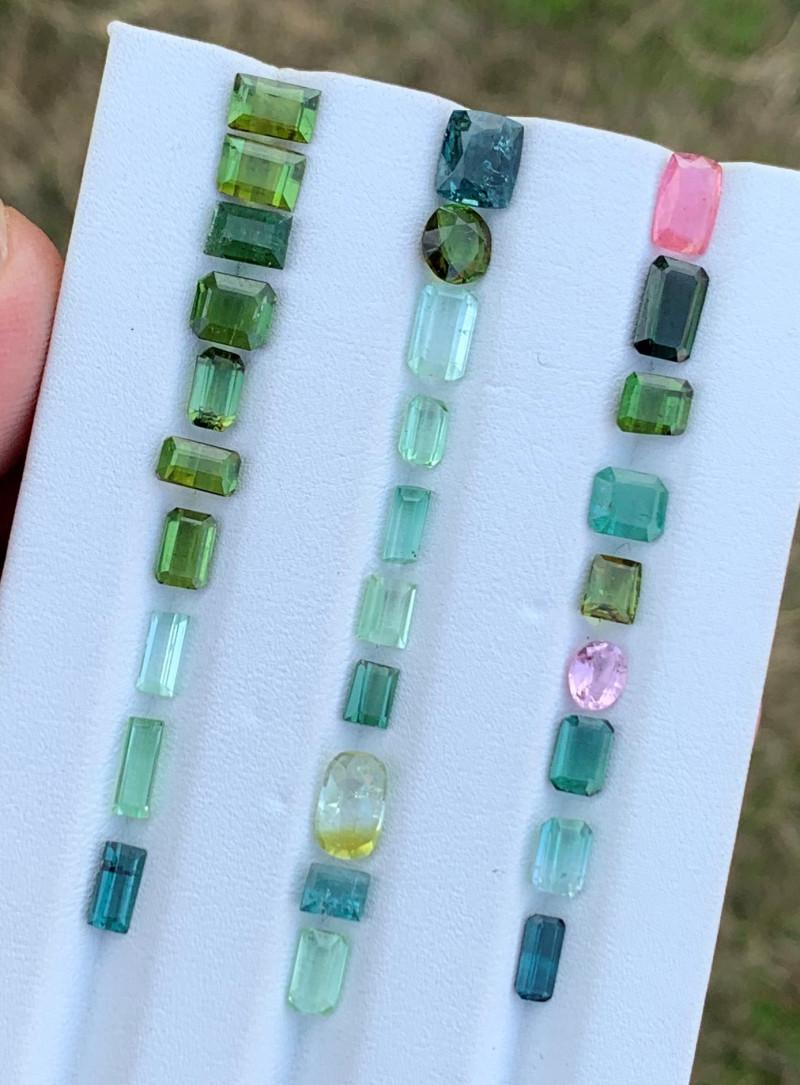 19.65 Carats Tourmaline Gemstones