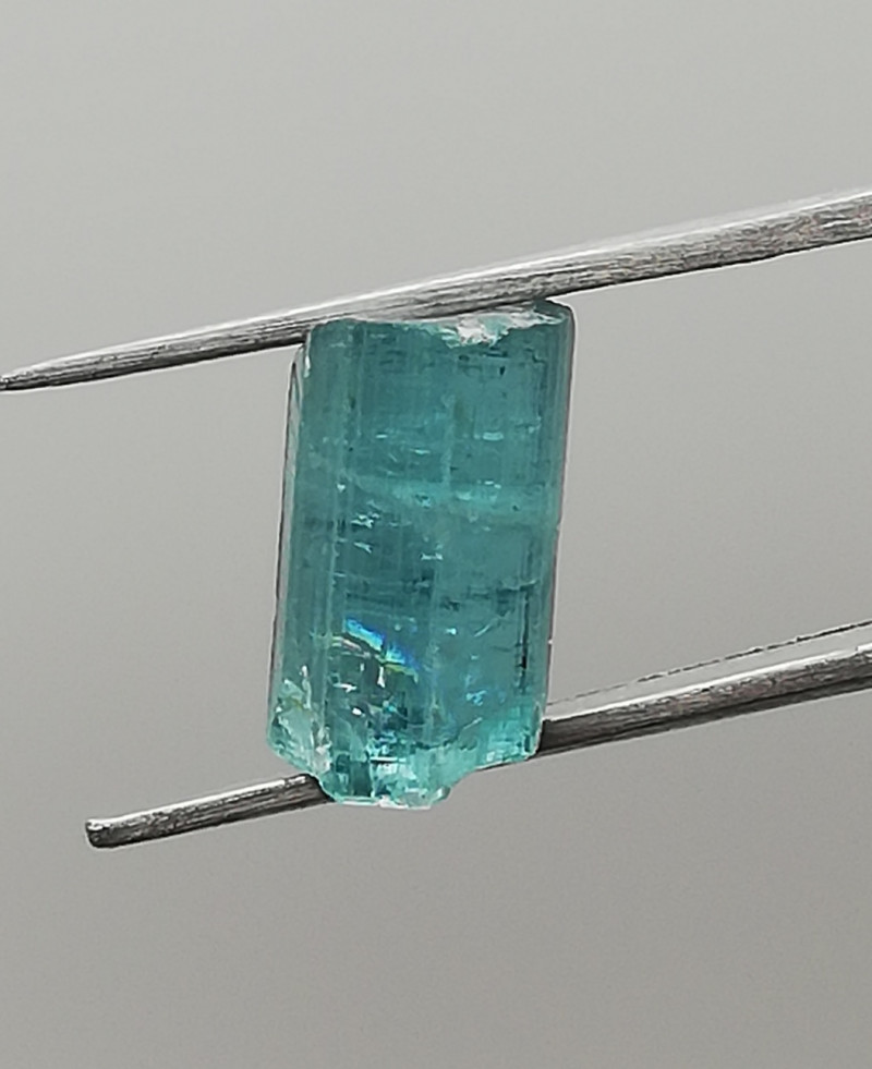Tourmaline, 3.04ct, ready to cut waiting for the right owner!