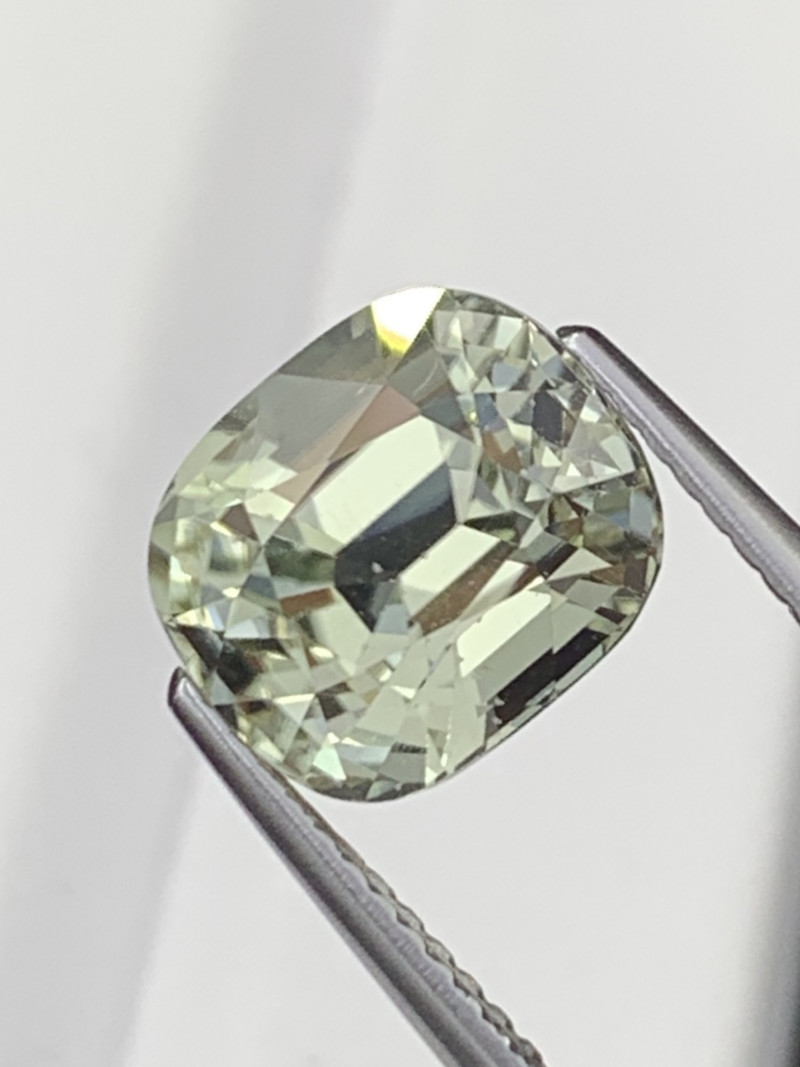 3.83 Cts AAA Grade Laurel Green Natural Tourmaline Master Cut