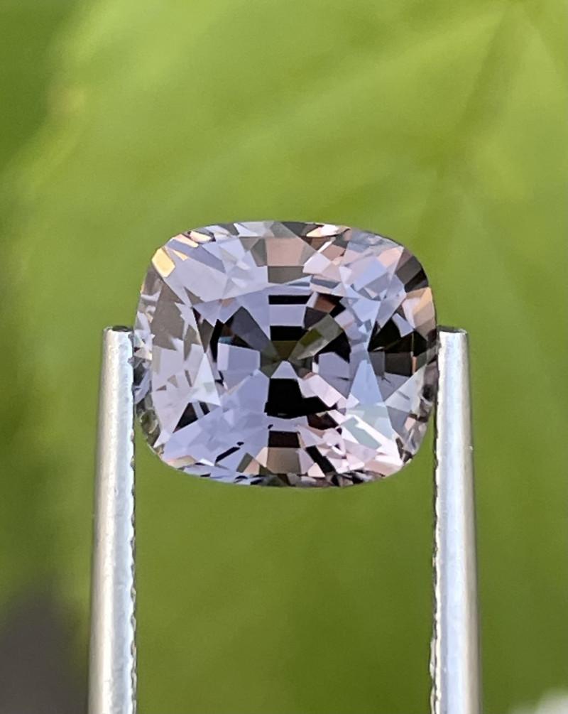 3.39 CT Spinel Gemstones