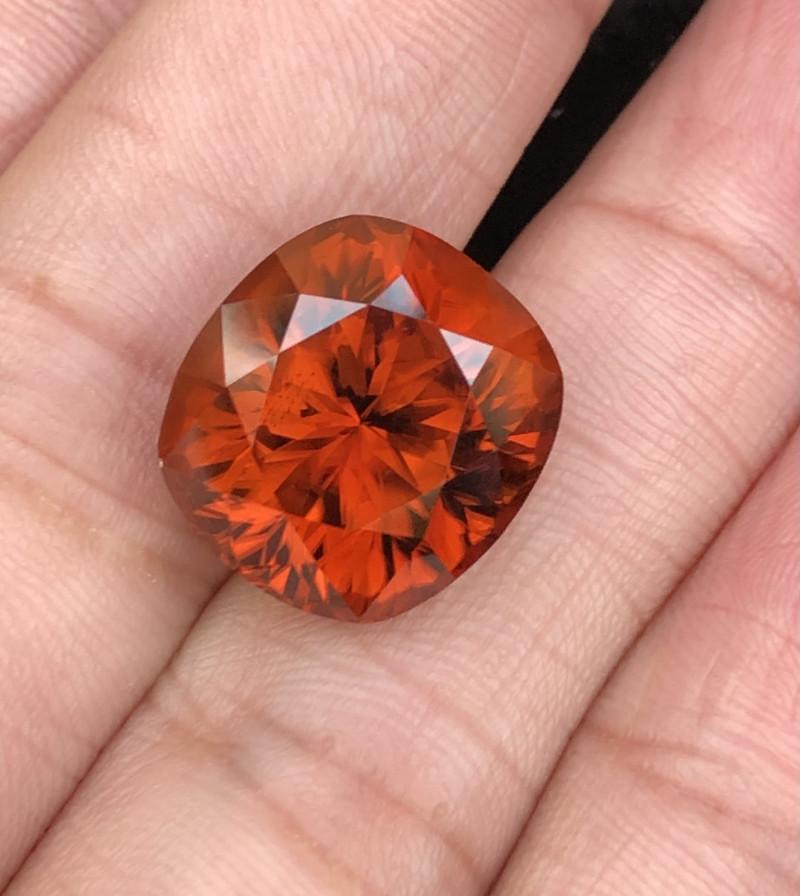 25.70  Carats Zircon Gemstone