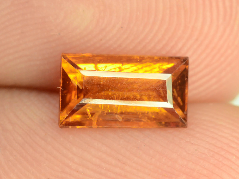 Top Color 1.55 ct Natural Hessonite Garnet~K