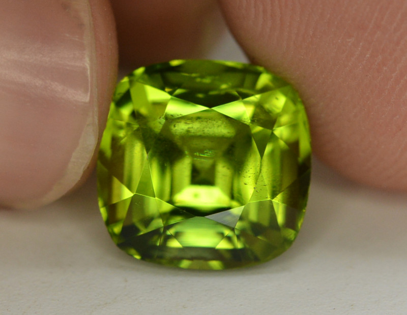 Peridot 5.30 Ct Natural Amazing Color, Top Quality~ A