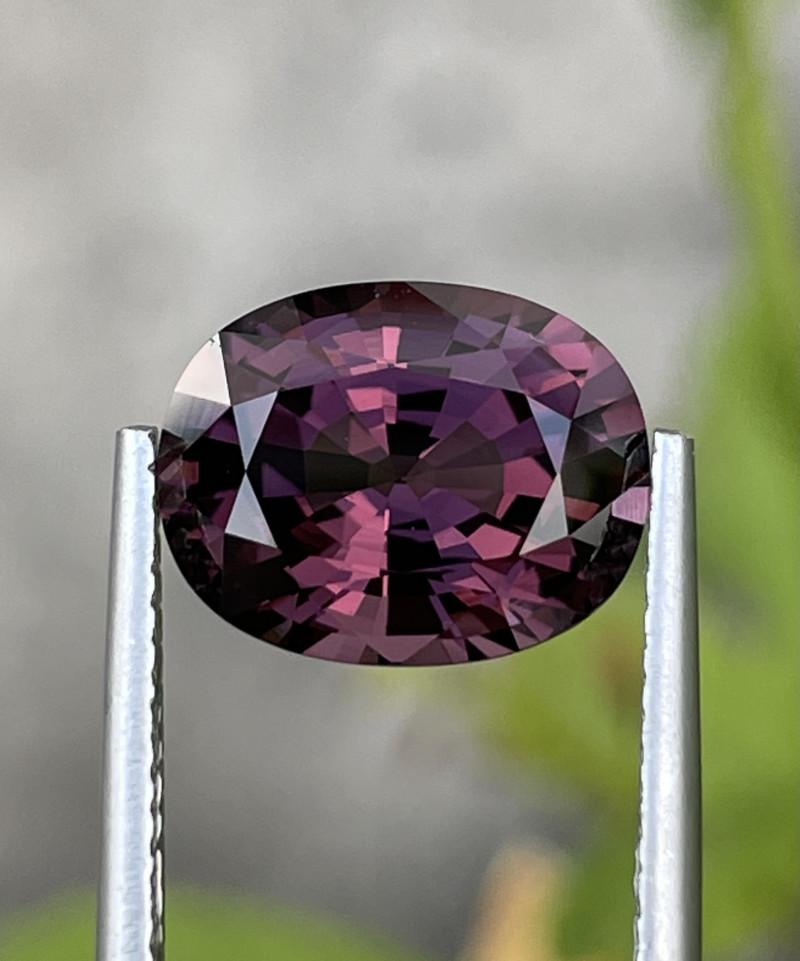 4.45 CT Spinel Gemstones