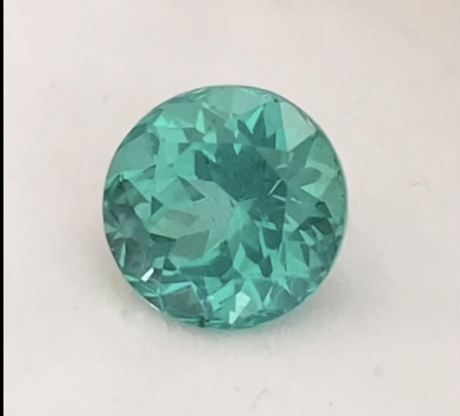 Pretty Bluish Green Brilliant Cut Apatite KR071