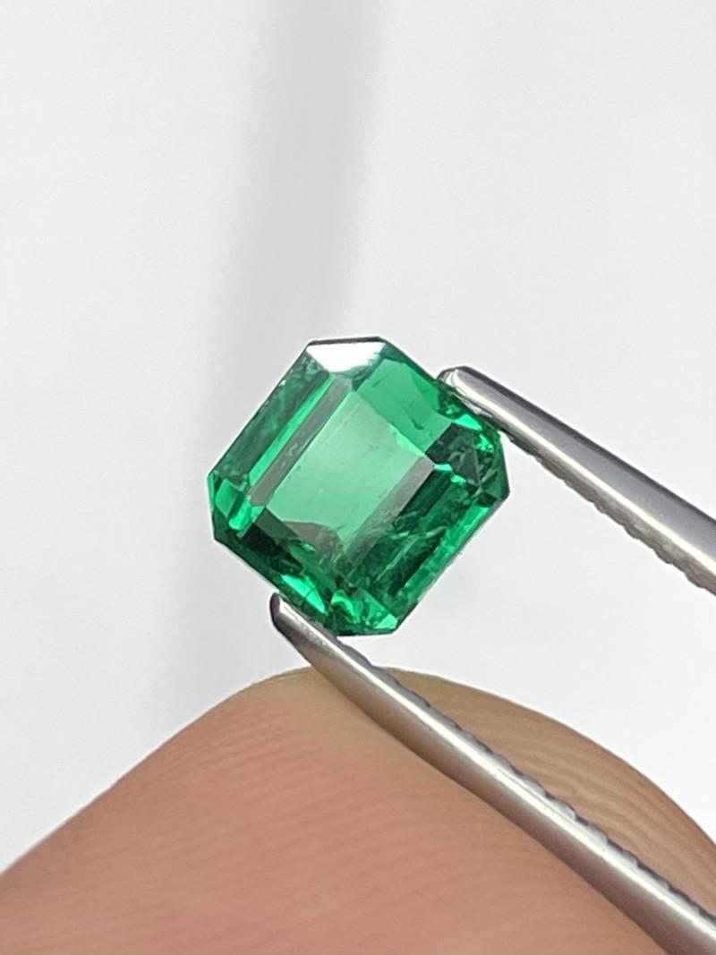 1.00 Cts Rare Quality & Color Vivid Green Afghanistan Panjshir Emerald