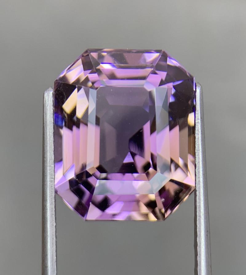 14.83 Cts  FALWLESS BOLIVIAN  AMETRINE Fancy cut   Gemstone