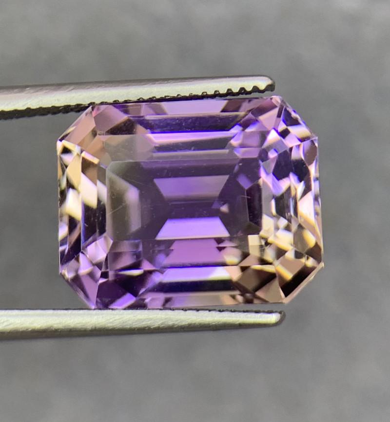 10.07 Cts  FALWLESS BOLIVIAN  AMETRINE Fancy cut   Gemstone