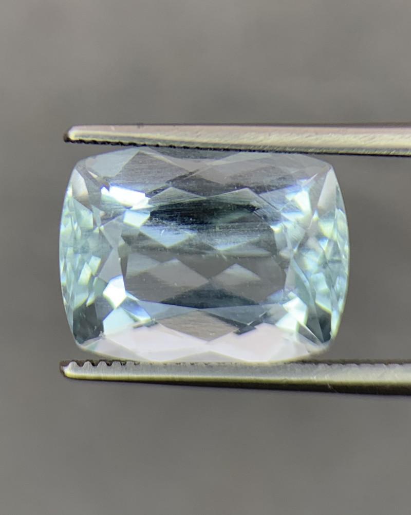 6.77 Carats Natural Aquamarine Gemstone