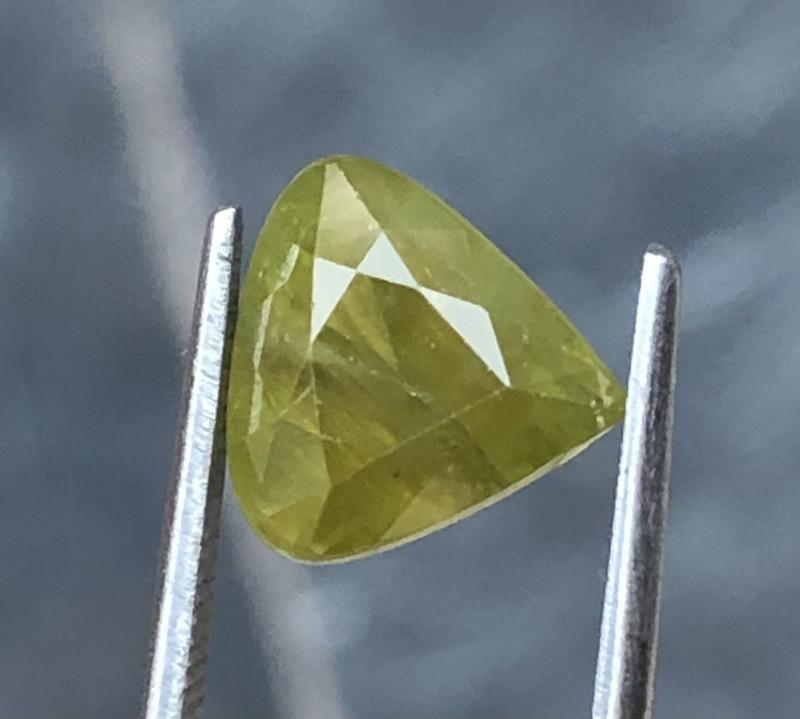 4.40 Carats Sphene Titanite Gemstones